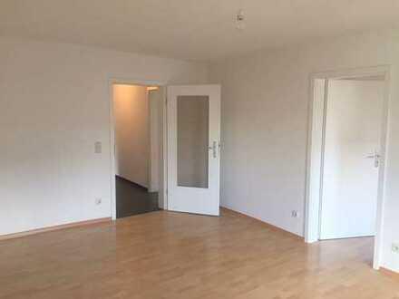 Provisionsfrei, 4-Zim.-Wohnung mit Balkon und Stellplatz