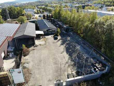 Firmengebäude und -gelände einer ehem. Baufirma in Schwarzenberg mit großem Lager & Werkstatt