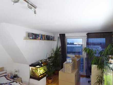 Maisonettewohung mit Balkon übder den Dächern von Spich