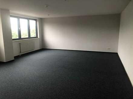 Top Büroflächen kleine und grosse Flächen Nähe B101 Berlin Airport