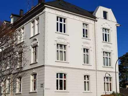 Schöne helle 4 Zimmer Wohnung 2.OG im Brillerviertel / ruhige TOP-Lage, 100QM
