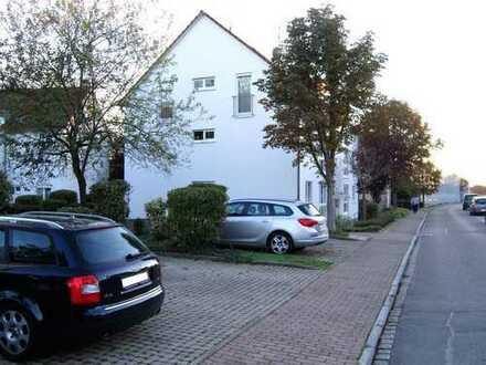 3 1/2 Zi. ETW im EG mit Freisitz, TG- & KFZ-Stellplatz, zentral gelegen in Binzen