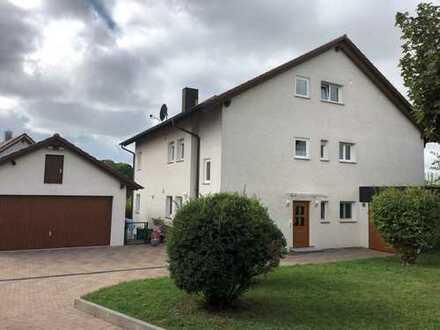 helle 4,5 Zimmer OG-Wohnung in gehobener Ortsrandlage Stadtteil Kirchhausen