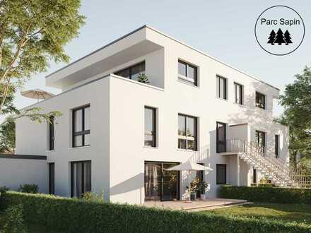 Über 200qm eigener Garten: Außergewöhnliche Maisonette-Wohnung mit großer Dachterrasse in Top-Lage