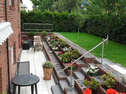 Helle Wohnung mit separaten Eingang und Garten