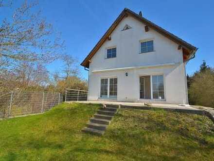 Endlich zu Hause ankommen!! Freistehendes Einfamilienhaus mit Garten,Terrasse und EBK in ruhiger Sei