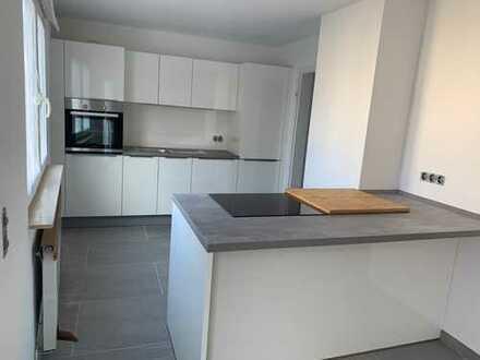 Erstbezug!!! 3,5 Zimmer Wohnung im Herzen von Großostheim mit Luxus Einbauküche & Bad