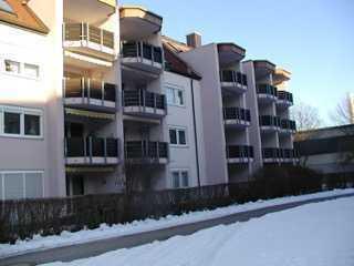 Moderne 1,5-Zimmer-Wohnung mit Südbalkon und Küchenzeile in Bayreuth