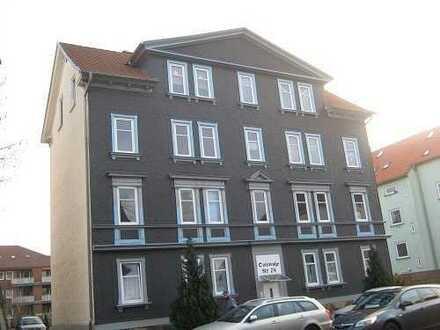 hell, gemütliche 3 Raum Dachgeschosswohnung zentrumsnah