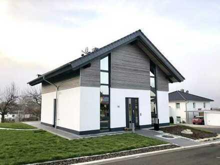 1.600 €, 144 m², 4 Room(s)