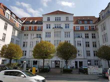 Großzügige, helle und ruhige Wohnung in repräsentativem Jugendstilgebäude in zentraler Lage