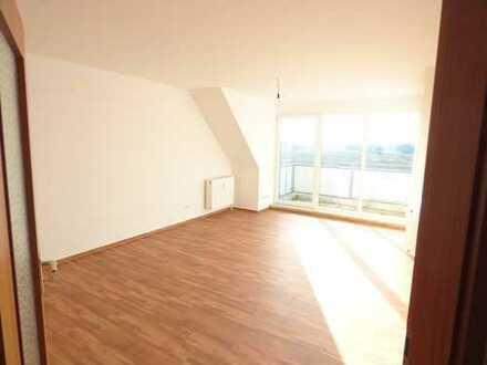 Schöne helle Dachgeschosswohnung in Kyritz zu vermieten.