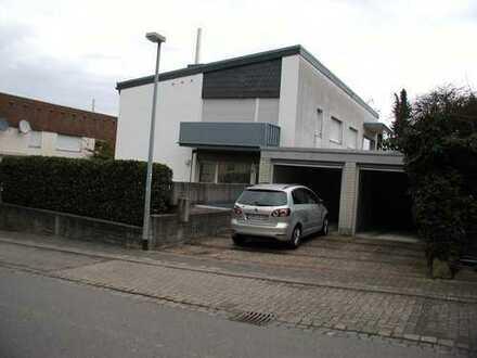 Gepflegte 2-Zimmer-EG-Wohnung mit Terrasse in Bad Bergzabern
