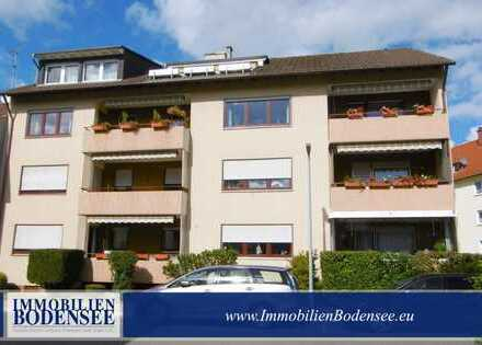 NEU: Schöne, helle 3,5 Zi- DG-Wohnung mit Dachterrasse, Garage, Stellplatz zentral in Singen