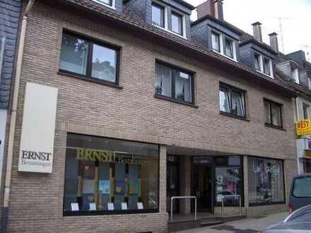 Wuppertal-Ronsdorf-Innenstadt, 2 Zimmer, Küche mit EBK, Diele, Bad im Dachgeschoss
