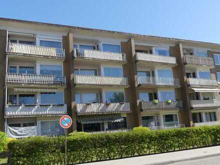 Gepflegte 3 Zimmerwohnung mit Balkon, Keller und Stellplatz in ruhiger Lage