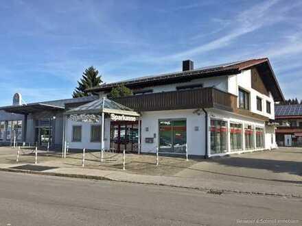 Attraktive Laden- Büro- od. Praxisfläche mit ca. 149 m² in stark frequentierter Lage + Parkplätze!