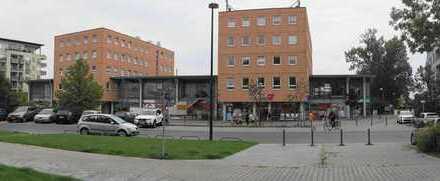 Verkaufs-, Dienstleistungs- oder Gewerbefläche im Fussgängerbereich neben Bäcker