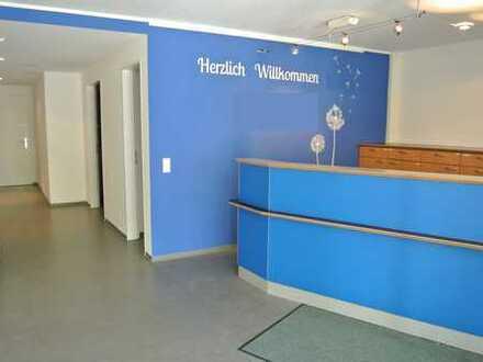Gegen Höchstgebot: Praxis-/Büroräume in Aindling beim Betreuten Wohnen u. Seniorenwohnheim