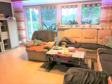 Schöne 4-Zimmer-Wohnung mit Terrasse in Oberndorf/Lindenhof zu vermieten