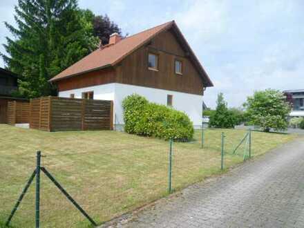 Einfamilienhaus (Niedrigenergie) in Gefrees mit Keller, Einbauküche (ohne Provision)