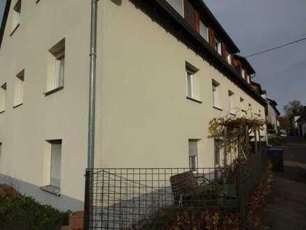 *** Preisreduzierung *** 5-Fam. Haus, zentrumsnah in Ebersbach-Roßwälden