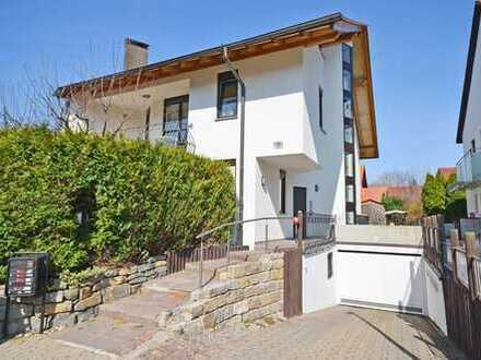 Sehr gepflegtes Dreifamilienhaus in toller Lage von Leonberg-Ezach