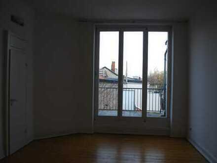 2-Zimmer-Wohnung mit Terrasse und Balkon in Bonn-Südstadt