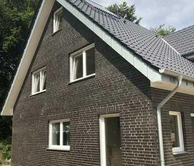 Exklusive Doppelhaushälfte mit fünf Zimmern in Ahaus, Erstbezug
