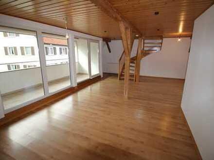 Wohnen im Grünen - Hochwertige 4 Zimmer Wohnung ca 107 m2 in Balingen Stadtteil