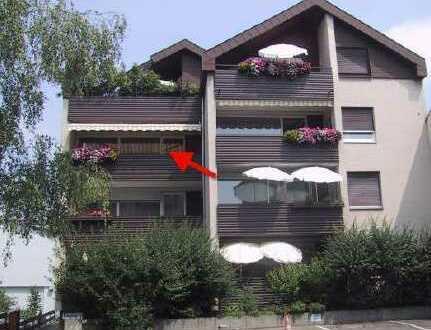 Vollständig renovierte 3-Zimmer-Wohnung mit Balkon und EBK in Esslingen am Neckar
