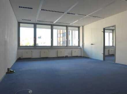TOP Büro, zentrale Innenstadtlage von AB, großzügige Raumaufteilung, schlagen Sie zu!