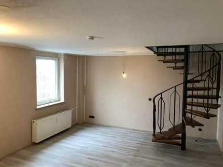 Attraktive- und leerstehende Maisonette-Dachgeschoss-Wohnung