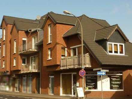 Für den Mieter provisionsfrei! Lichtdurchflutetes und zentral gelegenes Ladenlokal in Pulheim-Geyen