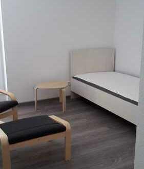 Schöne ein Zimmer Wohnung in Mönsheim, Enzkreis (Pauschalmiete)