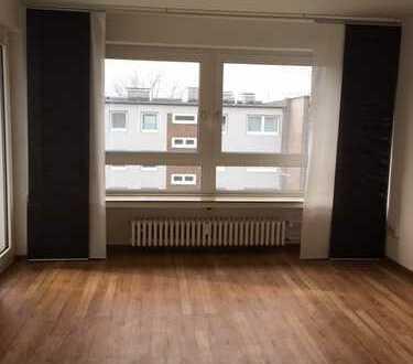 Beste Aussichten - frisch sanierte 4-Zimmerwohnung + Balkon - Mündelheimer Höhe