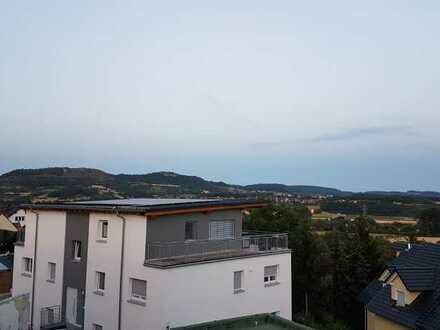 Stilvolle, neuwertige 3-Zimmer-Wohnung mit Balkon in Forchheim