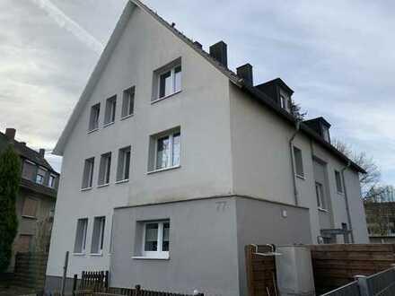 Schöne drei Zimmer Wohnung in Bochum, Höntrop