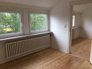 8-Zi. Wohnung, ca. 173 qm, ab sofort frei