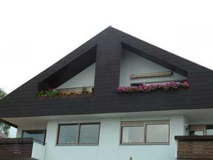 Tolle 3-Zi-DG Wohnung vermietet als Anlageobjekt mit separatem Hobbyraum im Keller