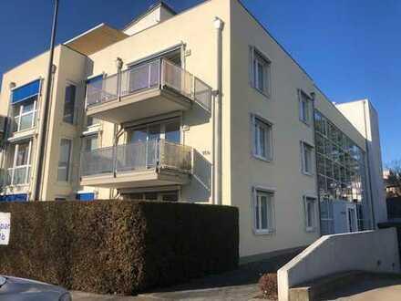 Aachen-Laurensberg, helle, exclusive Dreiraumwohnung mit TG-Stellplatz und Sonnenbalkon