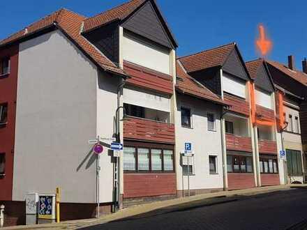 Neu renovierte 3-Zimmer-DG-Wohnung mit Balkon in Helmstedt Zentrum