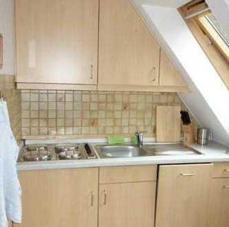 Lichtdurchflutete 3-Zimmer Dachgeschosswohnung im Insulaner Haus. Jakob-Pauls-Weg 14