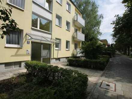 Top Apartement-mit traumhaften Blick u. Balkon zur Gartenseite.
