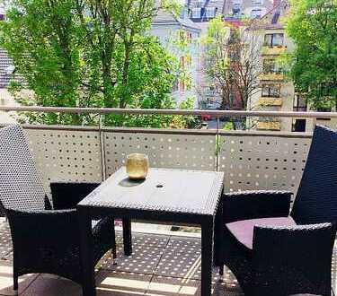 Schöne, sanierte 2 Zimmer-Wohnung in Frankfurt, Nordend-West mit Balkon und Garage
