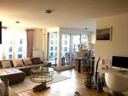 Lichtdurchflutete 2-Zimmer-Wohnung mit Balkon in Obersendling, München