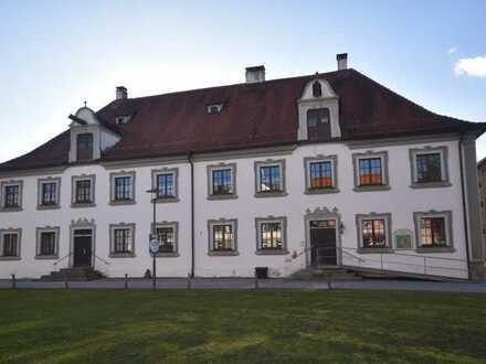 Reserviert! - Wohnen im Baudenkmal - Kleine 2-Zimmer-ETW im Ortskern von Wolfegg