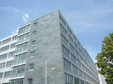 Helle moderne Büroflächen unmittelbar an der A8