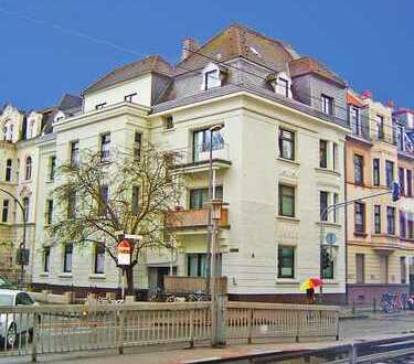 Köln-Neuehrenfeld - Gemütliche 2-Zimmer-Dachwohnung