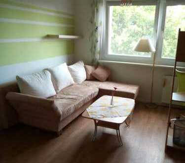 ruhiges wg-zimmer in leubnitz - WOMAN ONLY!